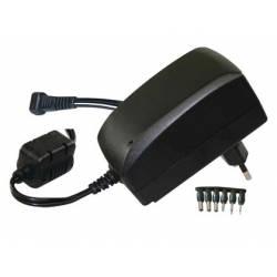 Adaptador de corriente universal de 3v a 12v
