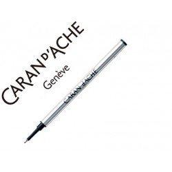 Tinta roller fine marca Caran d'Ache negro punta media
