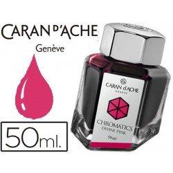 Tinta estilografica marca Caran d'Ache Chromatics fucsia divino
